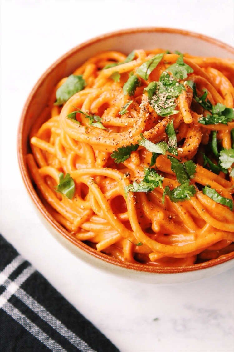 Roasted Red Pepper Pasta {vegan, gluten free}