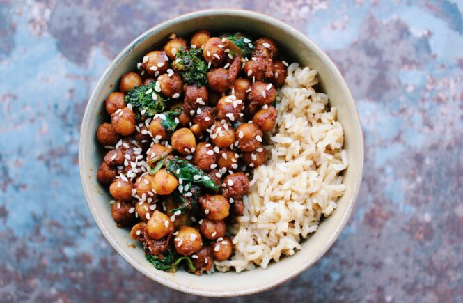 10 minute Stir-Fried Asian Chickpeas {vegan, gluten free}